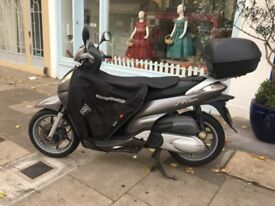 I'm selling my beloved Scooter Honda Sh 300i recently full serviced history book Tax &Mot April 2019