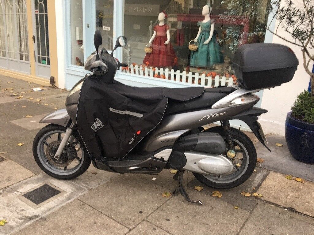 Im Selling My Beloved Scooter Honda Sh 300i Recently Full Serviced