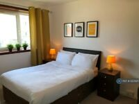 1 bedroom flat in Garthdee Drive, Aberdeen, AB10 (1 bed) (#1223925)