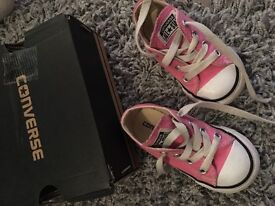 Girls Toddler infant size 5 pink converse with box