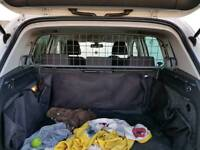 2015 VW Tiguan Travall Dog Guard