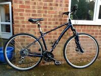 GT NOMAD 1.0 Hybid/road bike. MINT condition.