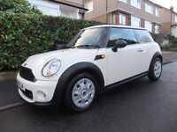 2013 '13 REG' MINI FIRST 1.6 LITRE 3 DOOR +++VERY LOW MILEAGE OF ONLY 15,012 MILES & LONG MOT+++