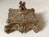 Jewellery antique box with cupid motif