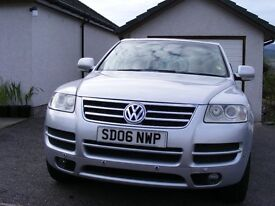 Well loved and cared for VW TOURAREG ESTATE ALTITUDE TOP OF RANGE MODEL