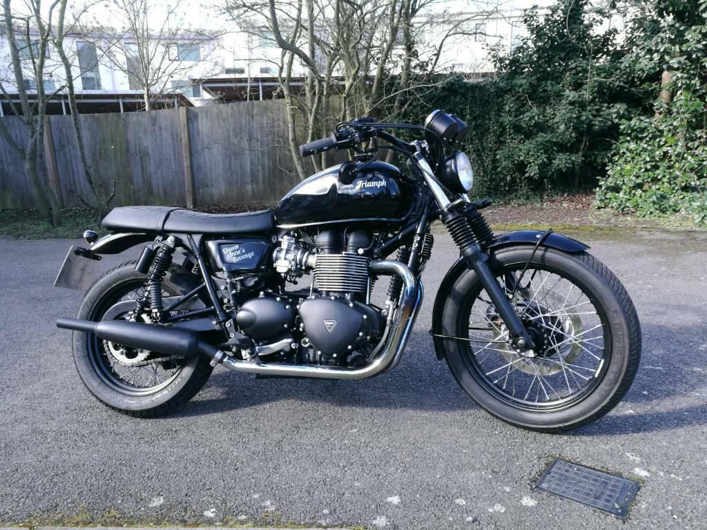 Triumph Bonneville t100 Black | in Brentwood, Essex | Gumtree