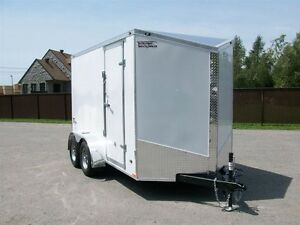 2017 Stealth Trailers cargo 6'x12' v-nose 2 essieux contracteur