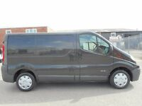 FINANCE ME!! NO VAT!! renault trafic 2.0l cdti swb pannel van in excellent conditio!! only 114k..(5)