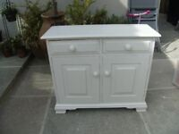 CABINET FREE STANDING 2 draws 2 doors ideal for bathroom as very compact