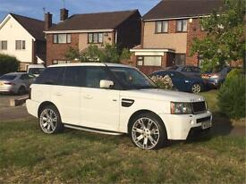 RANGE ROVER SPORT HST 2.7d EXCLUSIVE, BESPOKE UPGRADES, SIMPLY THE BEST