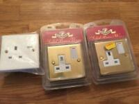 2x Brass Power Point Sockets & 1x Standard Wickes (Unused / Sealed)