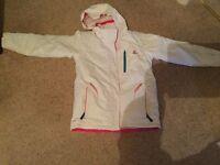 Girls ski jacket, white, aged 11-12yrs,152cm. V.good condition. 'Dare to be'....