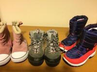Winter girl shoes size 9