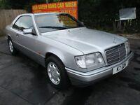 1995 MERCEDES E220 2.2 AUTO COUPE VERY RARE VINTAGE CLASSIC MOT 06/17 PRISTINE MASSIVE FSH PX SWAPS