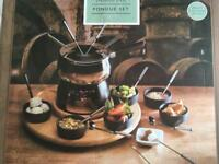 Brand New Fondue set