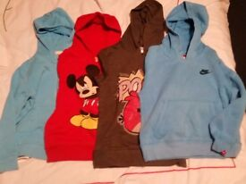 Bundel of clothes size 5-7 years