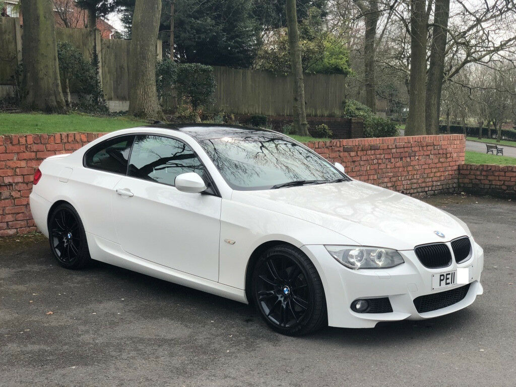 bmw 3 series mineral white e92 320d m sport gloss black wheels gloss black roof in oldham. Black Bedroom Furniture Sets. Home Design Ideas
