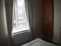 DOUBLE ROOM IN CLAPHAM COMMON FOR A MALE TENANT - £650 PCM - ALL BILLS
