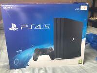 PlayStation 4 Pro + 2 Pads +Tekken, FIFA 17 and Street Fighter