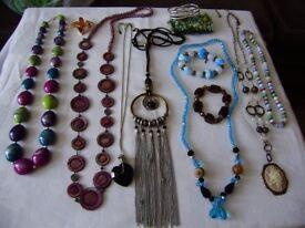 Costume jewellery, variety