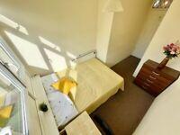 GREAT ROOM IN CROSSHARBOUR!