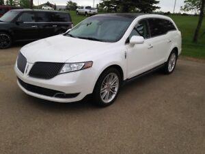 2014 Lincoln MKT -