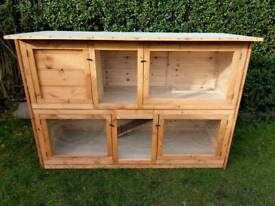 Extra large double rabbit hutch NEW