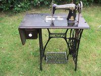 Industrail sewing machine overlocker / / Vintage Singer sewing machine.