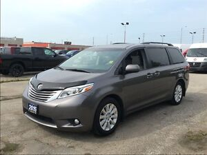 2015 Toyota Sienna XLE**AWD**LEATHER**SUNROOF**NAVIGATION**