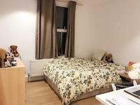 Sunny double room in Clapham South