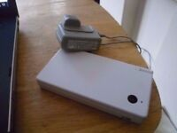 Nintendo DSi with camera