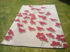 Modern design acrylic rug red/beige embossed pattern rug.