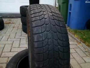 1 PNEU HIVER - MICHELIN 195 60 15 - 1 WINTER TIRE