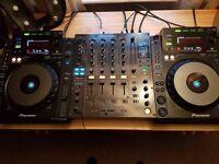 Pioneer cdj 900 pair + Pioneer djm 800 mixer