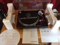 Audio Technica LP120 BK USB.