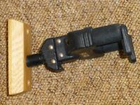 Hercules Wall Mountable Guitar Hanger - Wood Base x 3