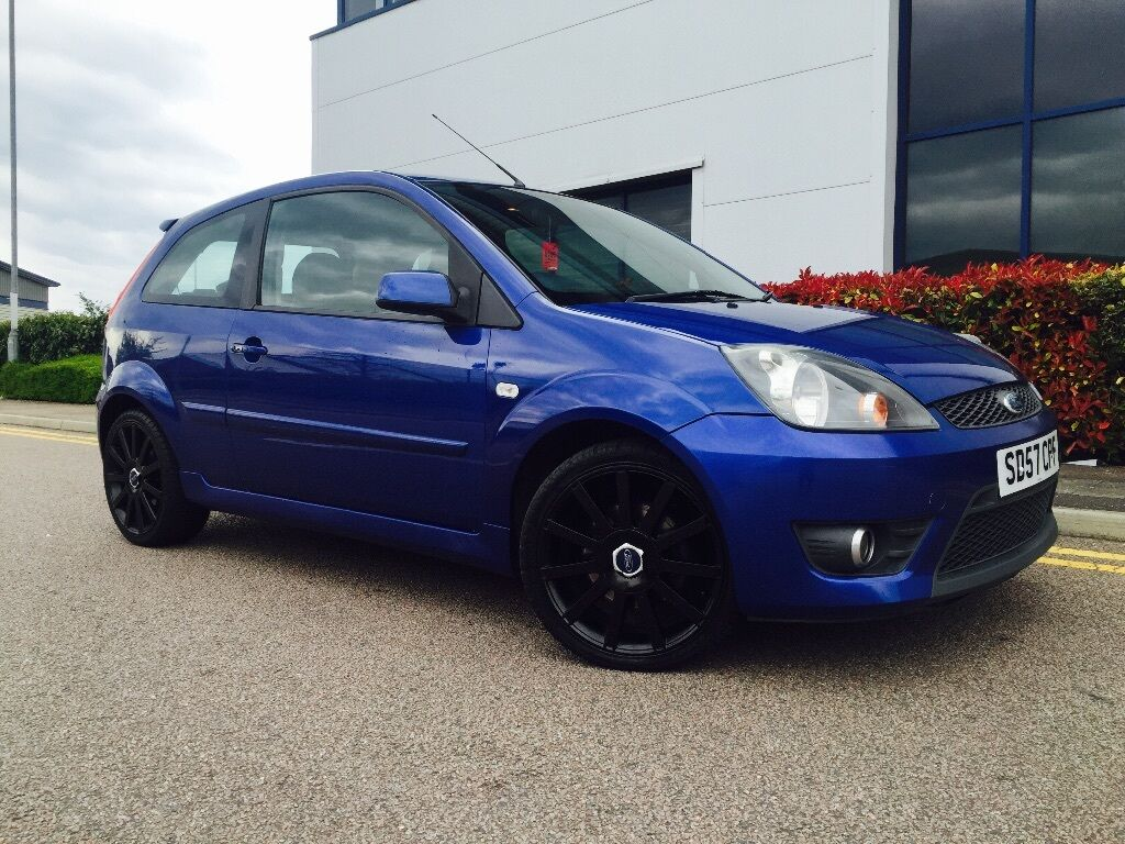 2007 57 facelift ford fiesta st blue 150 11 months mot service history gloss black wheels. Black Bedroom Furniture Sets. Home Design Ideas