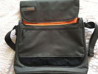 Tec Air laptop bag