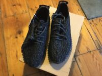 Adidas Yeezy Boost 350 UK4.5 brand new with tag never worn