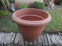PLANT POT 15 WIDE AND 15 HIGH (INCHES)