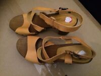 New look yellow high heel shoes