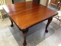Dining table antique 4-6 person
