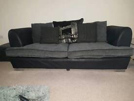 Sofa in grey/black