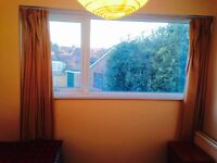 To Let Fully Furnished Single room all the bills Included, gas Council Electricity water