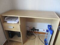 computer desk excellent condition for sale