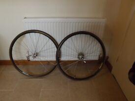 Campagnolo 700 racing wheels