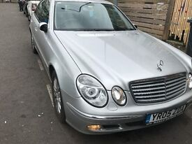 05 MERCEDES E220 DRIVE SIDE AND LEFT SIDE WING AVALIABLE GOOD CONDITION EACH £80