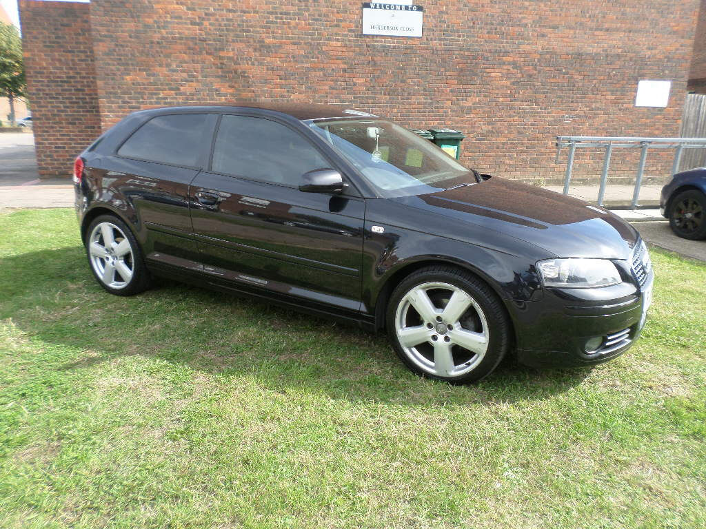 low mileage 2006 39 56 39 audi a3 2 0 tdi sport s line facelift model 3 door looks drives. Black Bedroom Furniture Sets. Home Design Ideas
