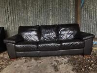 3 seater leather couch *DELIVERY CAN BE ARRANGED* *FREE**