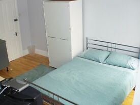 LOVELY STUDIO IN HEART OF SHEPHERDS BUSH